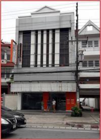 อาคารพาณิชย์หลุดจำนอง ธ.ธนาคารธนชาต หางดง หางดง เชียงใหม่